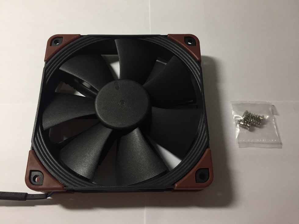 Noctua NF-F12 iPPC and Noiseblocker eLoop B12-P