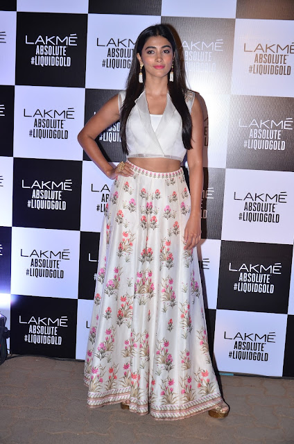 Pooja Hegde In Anita Dongre At Anita Dongre's LFW 2017 Grand Finale