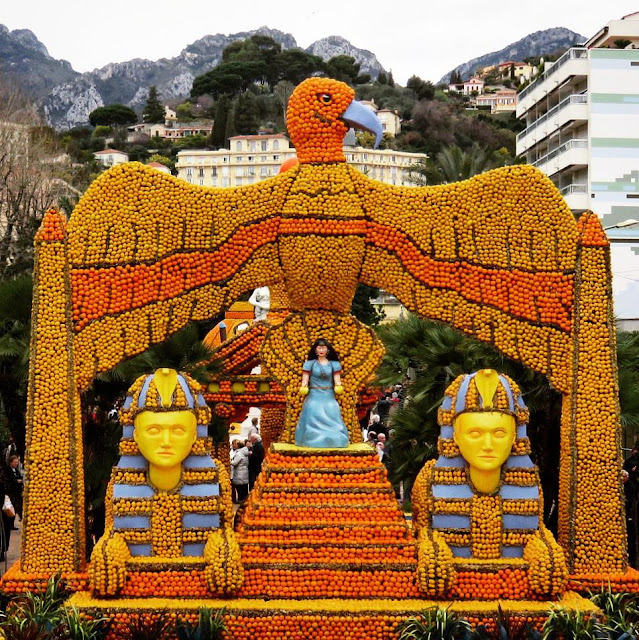 Menton Lemon Festival - Egyptian sculpture - Cinecittà