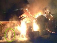 Pyromaniac Muncul Dalam Insiden Townhouse