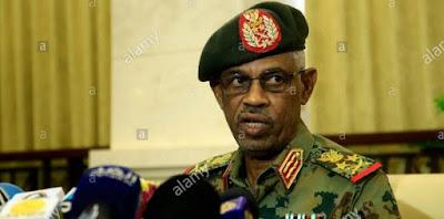 Waziri wa Ulinzi wa Sudan Aapishwa Rais wa Mpito