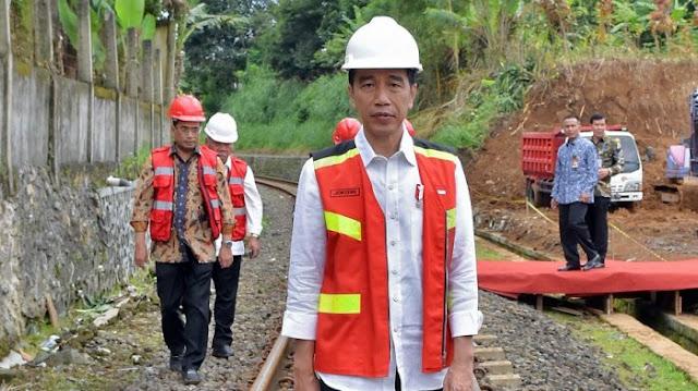 """Jokowi Lebih Tepat Canangkan """"Revolusi Beton"""", Itu pun Banyak Mangkrak Dan Rusak"""