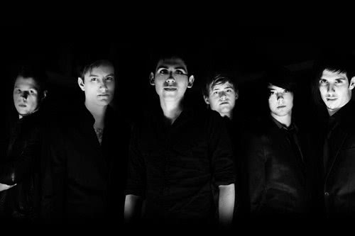 Arti Lirik Crown The Empire - What I Am