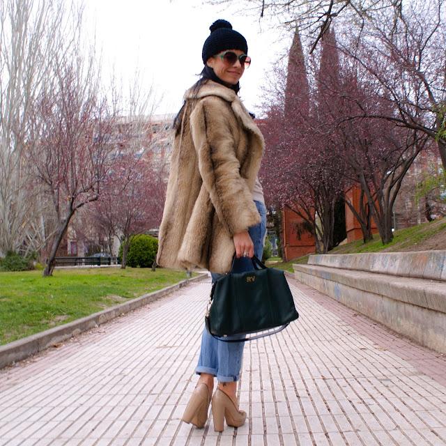 LOOK Furry Coat