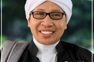 Kumpulan Foto Buya Yahya Al Bahjah Cirebon Terbaru Lengkap