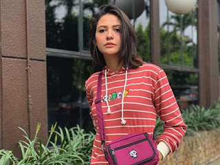 Aliyah Faizah pemeran Lola Tukang Ojek Pengkolan (TOP)