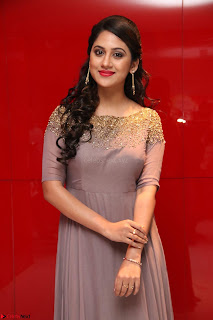 Mia George Looks Beautiful at Yaman Movie Audio Launch Pics 018.jpg
