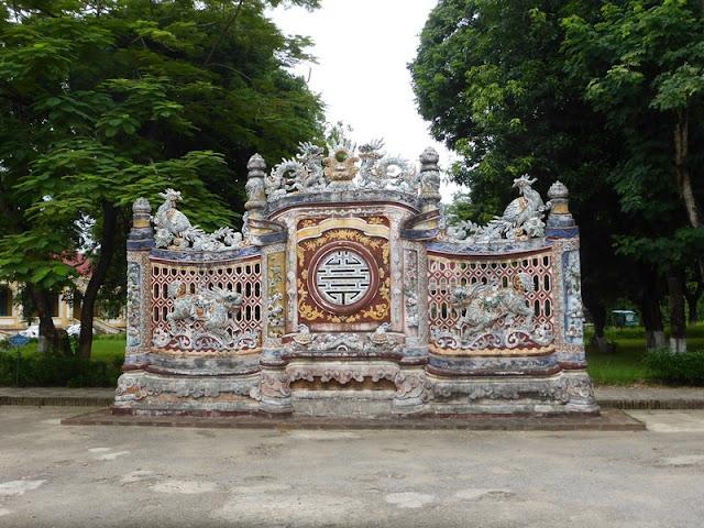 Puerta en la Ciudad Prohibida de Hué