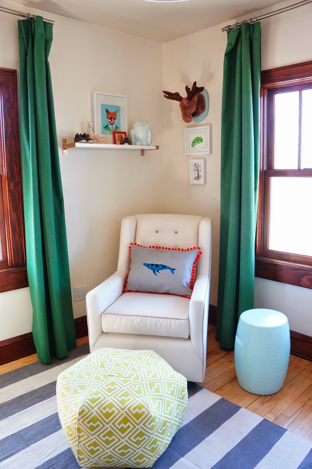 Kelly Green Curtains With Light Gray Grasscloth Walls: Laura Wifler: DIY: Dying Curtains With