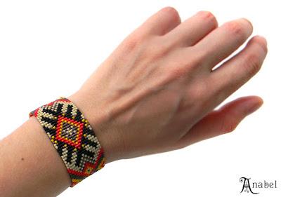купить украшение ручной работы подарок девушке браслет на руку