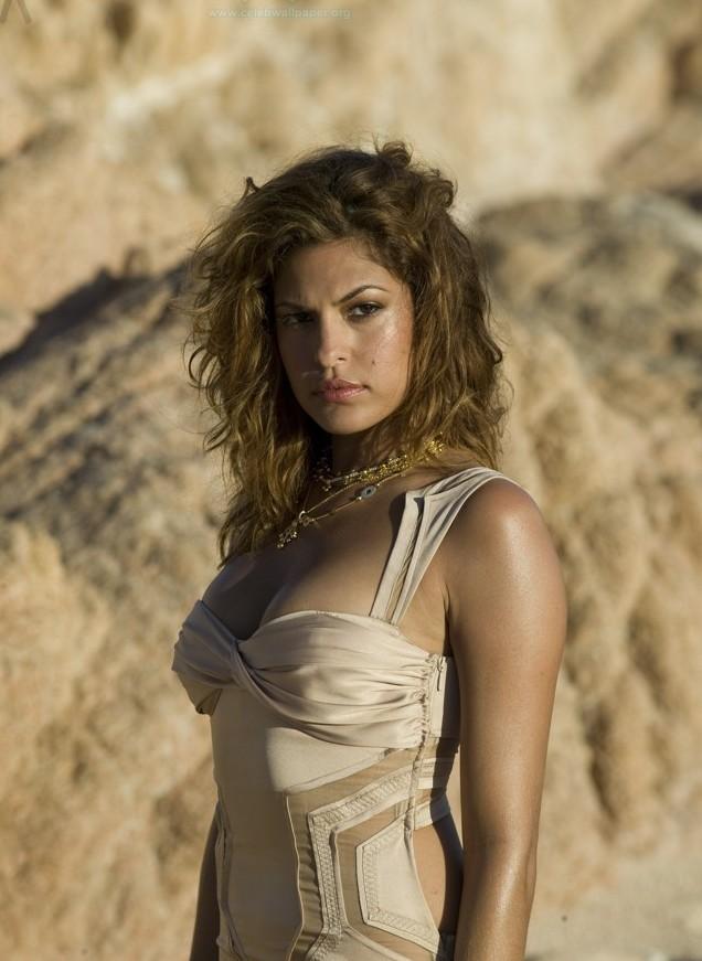 Atymano: Sexy Eva Mendes Pictures