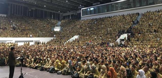 Jokowi Imbau Perangkat Desa Tak Demo, Gaji Disetarakan ASN Golongan IIA