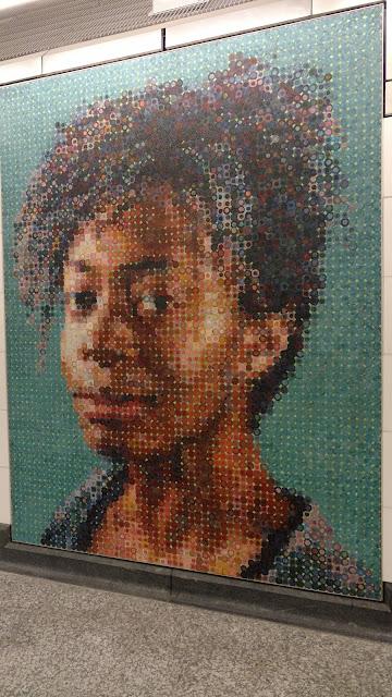 "Чак Клоуз. Портрет Кари Волкер. Станція метро ""86th Street"". Нью-Йорк (Portrait of Kara Walker. Chuck Close.""86th Street"" station. NYC)"