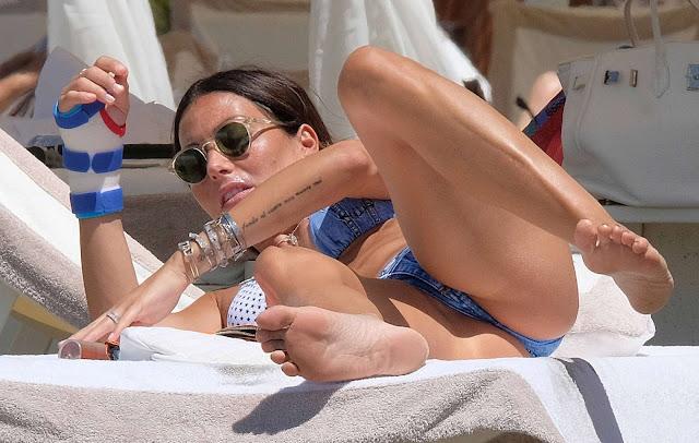 Elisabetta Gregoraci en bikini