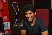Allu Sirish at Red FM-thumbnail-1