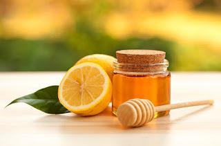 Miel y Jugo de Limón Para Aclarar La Piel