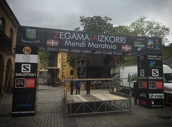 Iban Murua y Maite Maiora vencen el KM de Zegama-Aizkorri