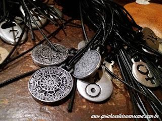souvenirs pingentes roma trastevere guia brasileira - Souvenirs alternativos em Roma