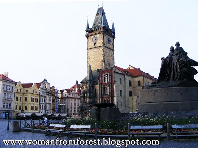 http://womanfromforest.blogspot.com/2016/10/praga-w-jeden-dzien-co-warto-zobaczyc-w.html