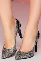 Pantofi Beatrice negri cu aplicatii argintii •