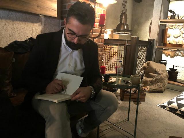 Fırat DEVECİOĞLU Yüzleşme Kitabı ile İzmir'de İlk Söyleşi ve İmza Günü