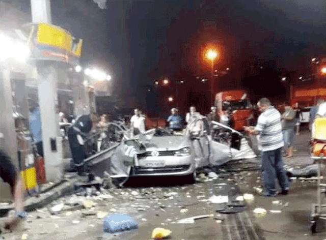 WARNING It's now or never! Explosion in Gas Station Because Of  Alleged Using Mobile Phone?