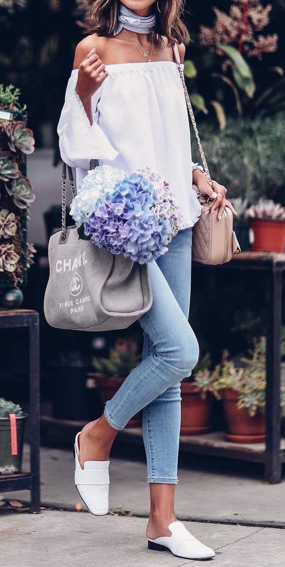 cute spring outfit: blouse + bag + skinny jeans
