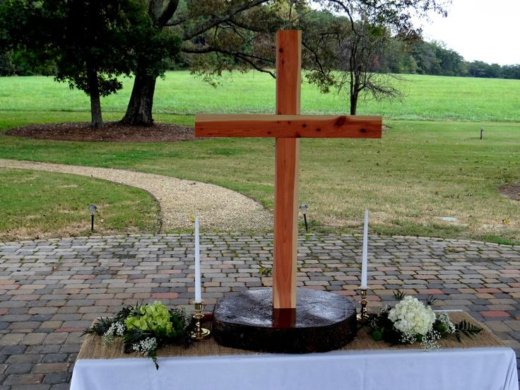 Lenora's Legacy Estate: Outdoor Wedding Ceremony Altars