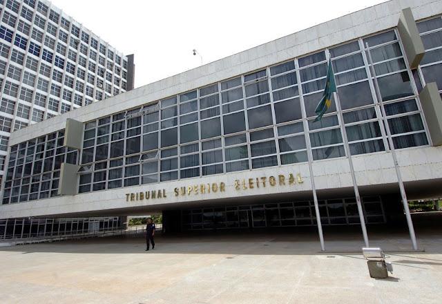 Desvios na campanha de Dilma são espantosos, diz ministro do TSE