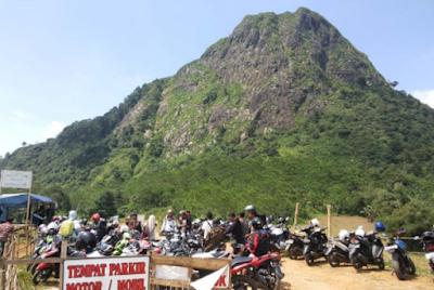 Gunung Batu, Jongglo