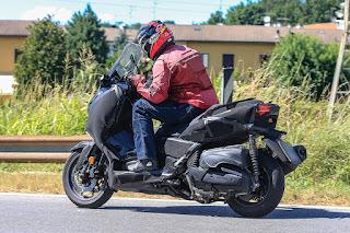 Yamaha Jawab Tantangan CBR250RR dengan XMAX 250?