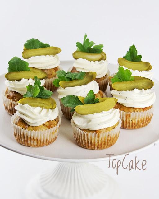 Kinkku-juustomuffinsit, suolaiset muffinsit, helpot juhlat, muffinsit, topcake, suolaiset muffinit kinkku