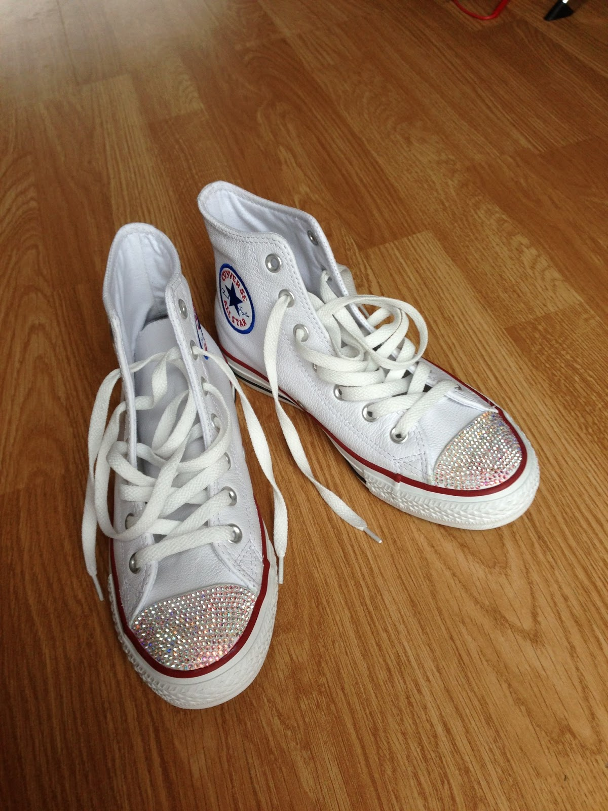 9a42bd52488c ... customising converse has always been a big thing. I guess it shows  uniquecity and adds a edge to your overall style. Lately swarovski gems  have been the ...
