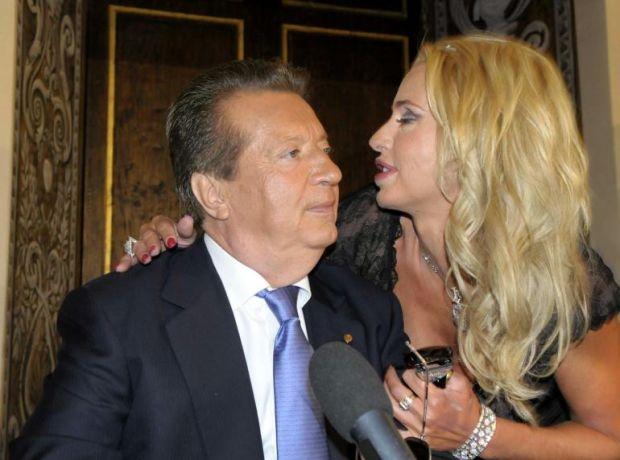 Holly Celebrity Gossips Valeria Marini Ritira La Denuncia