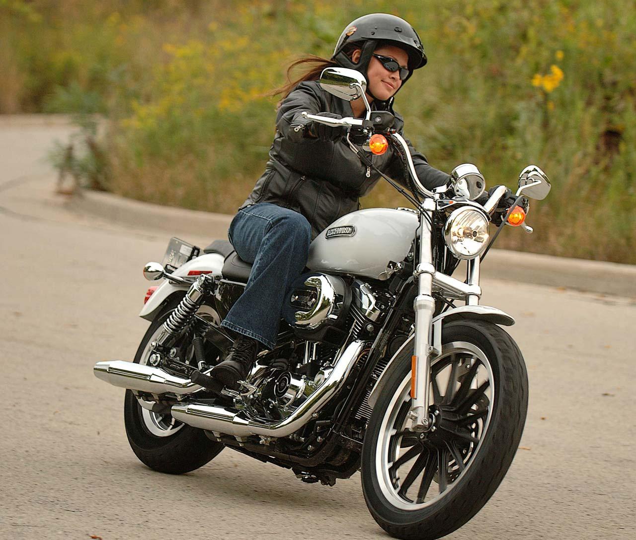 Harley-Davidson: 2007 Harley Davidson XL1200L Sportster Low