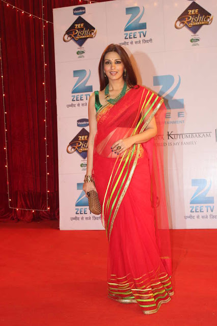 foto de Bollywood Actress Saree Collections: Sonali Bendre in