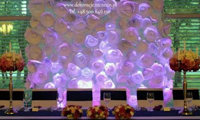 dekoracja tła Młodej Pary - papierowe kwiaty Szczecin