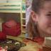 Λουτρό αίματος! Έσφαξε 13χρονη ενώ κοιμόταν στο δωμάτιό της