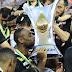 Corinthians anuncia contratação de Vagner Love por duas temporadas