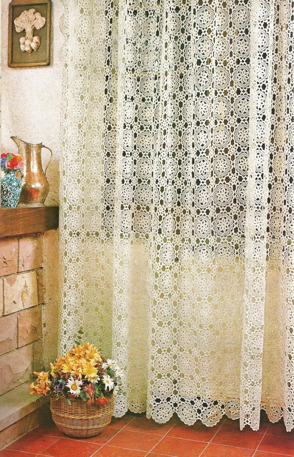 tejidos artesanales en crochet cortina con motivos de