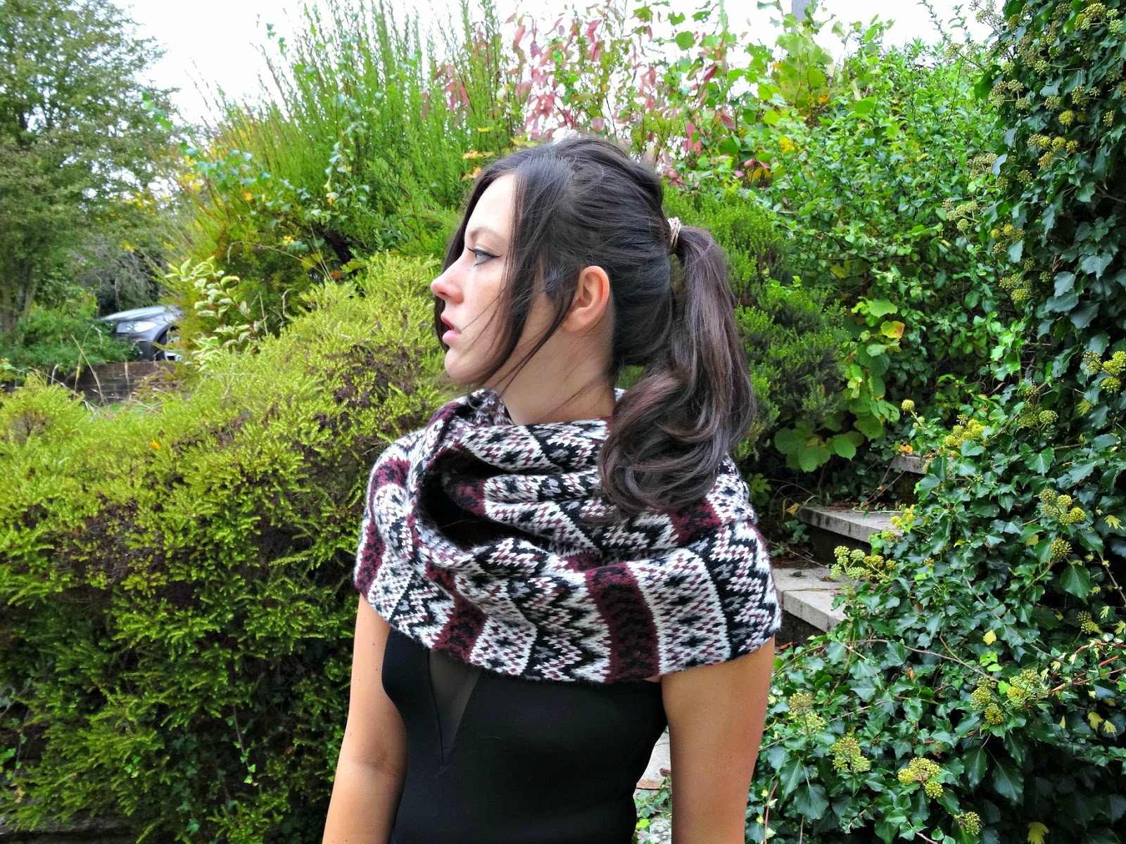 Autumn fashion skirts and scarfs style post