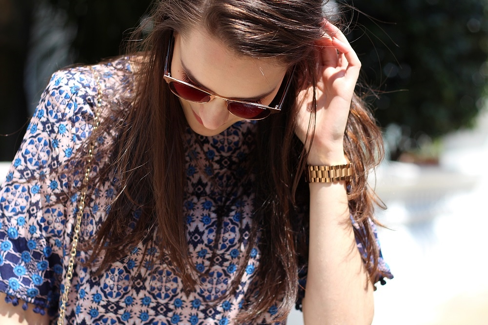 peexo fashion blogger wearing rose gold watch and sunglasses