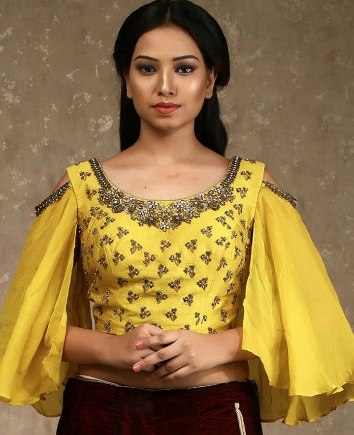 21 Trendy Cold Shoulder Saree Blouse Designs To Try