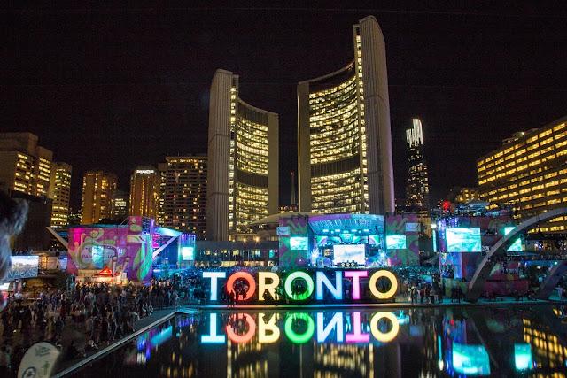 TOP 10 lugares para aproveitar a vida noturna de Toronto