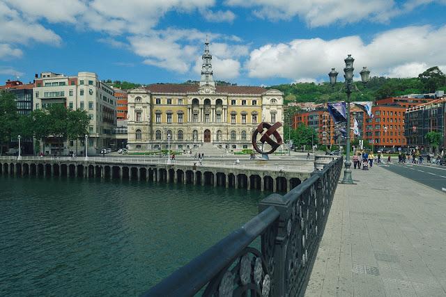 ビルバオ市庁舎(Ayuntamiento de Bilbao)