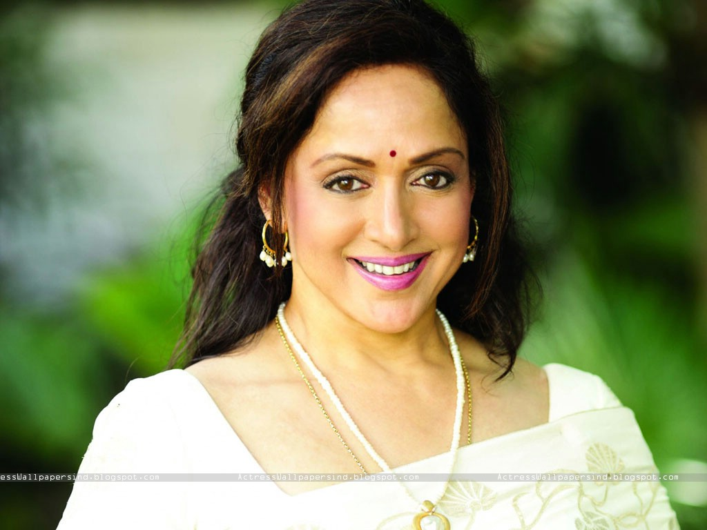 Hema Malini Nude Pictures Gallery - A Wind-6413