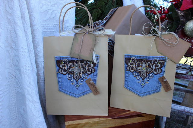 ornate pocket gift sack