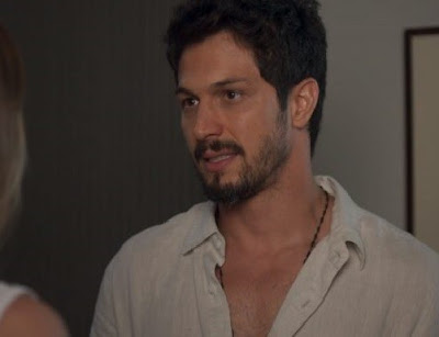 Marcos em cena da novela das 19h da Globo, Bom Sucesso (Foto: Reprodução)