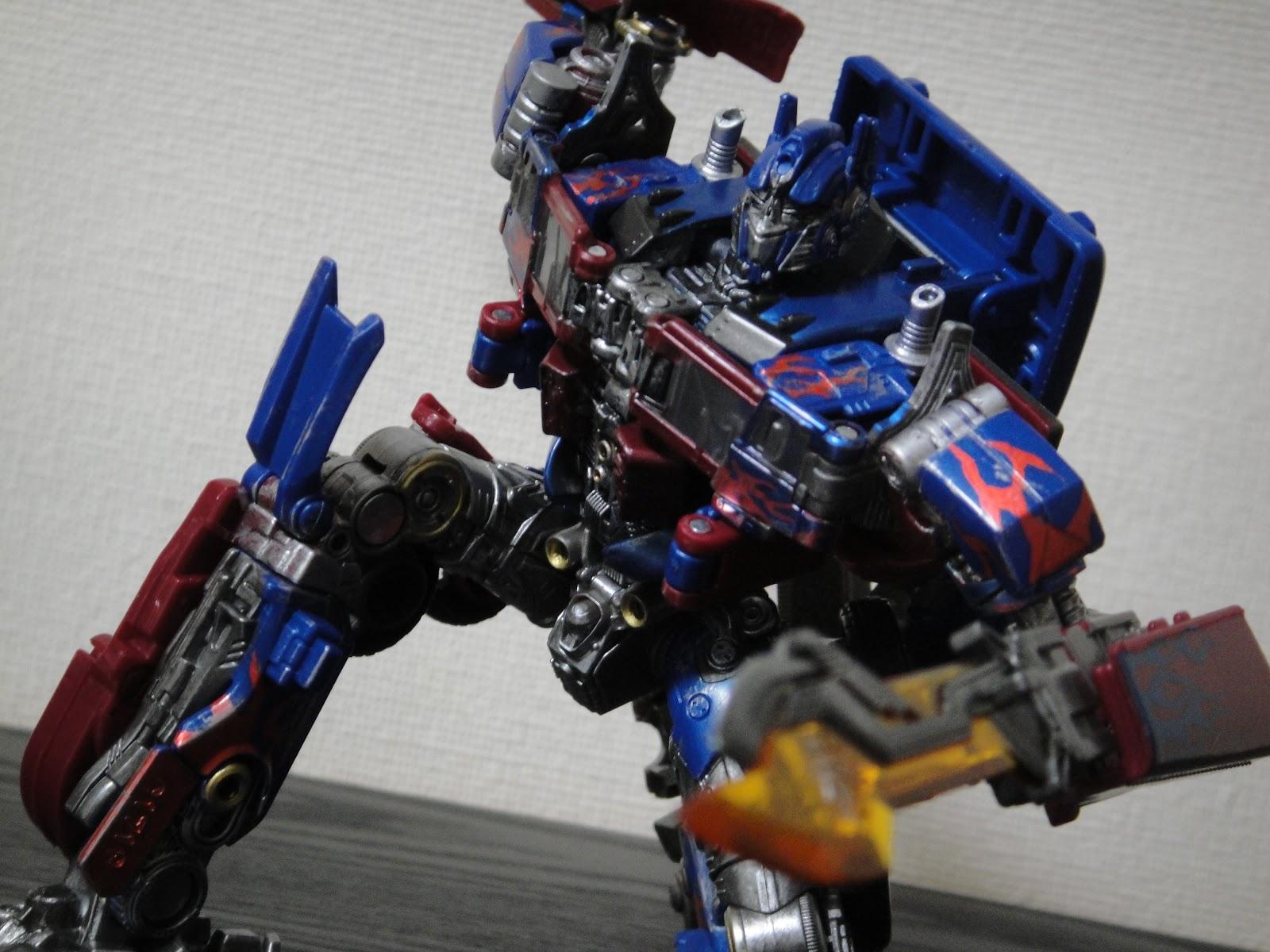 オプティマス プライム スタジオシリーズ リペイント optimus prime