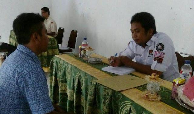 Calon Anggota PPS Kecamatan Tellulimpoe Sinjai Ikuti Tes Wawancara